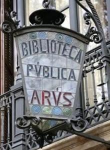 biblioteca publica arus LOGO